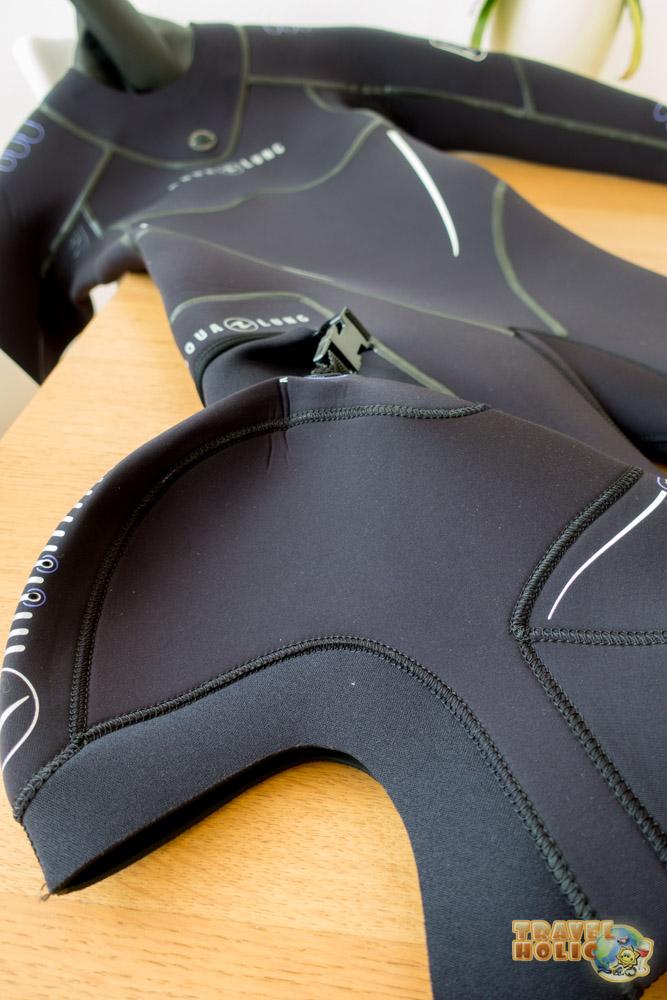 Cagoule et poche de la combinaison Aqua Lung Iceland Comfort